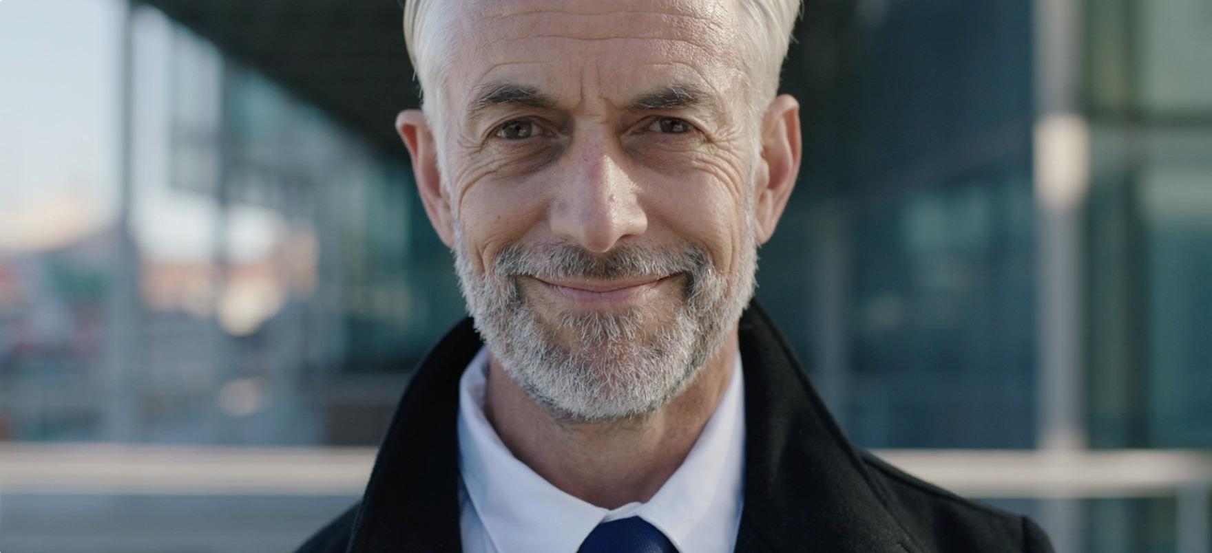 Imagen hombre ejecutivo 50 años